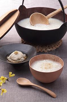 おなかに優しい温泉粥と自家製おぼろ豆腐